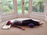 Peace and rejuvenation in 5 minutes – restorative yoga