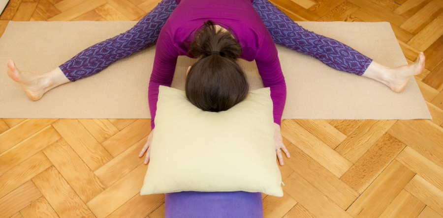 Restorative yoga for happy hips