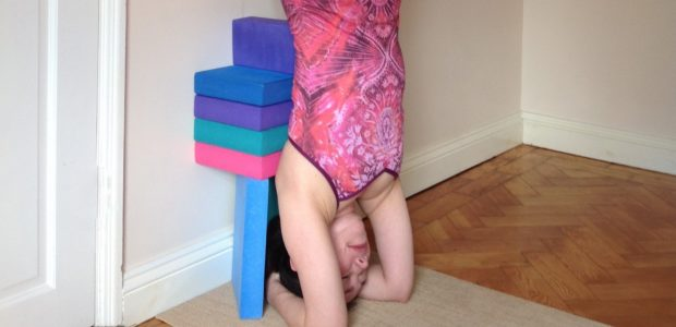 2 Props for Awesome Alignment in Headstand